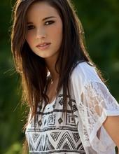 Madison Morgan 00